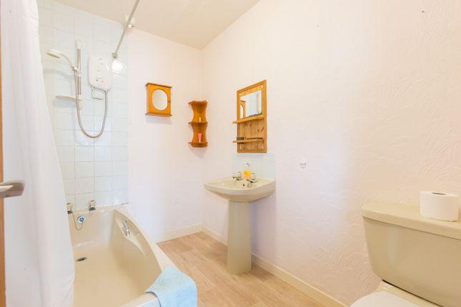 Bathroom of India Street, Montrose DD10