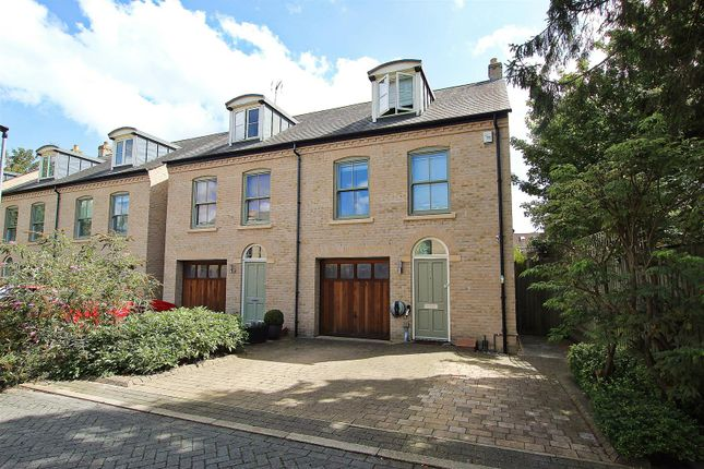 Thumbnail Property for sale in Ditton Walk, Cambridge