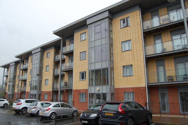 Thumbnail Flat to rent in Bolton Road, Blackburn