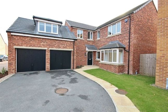 Thumbnail Detached house to rent in Field View, South Milford, Leeds