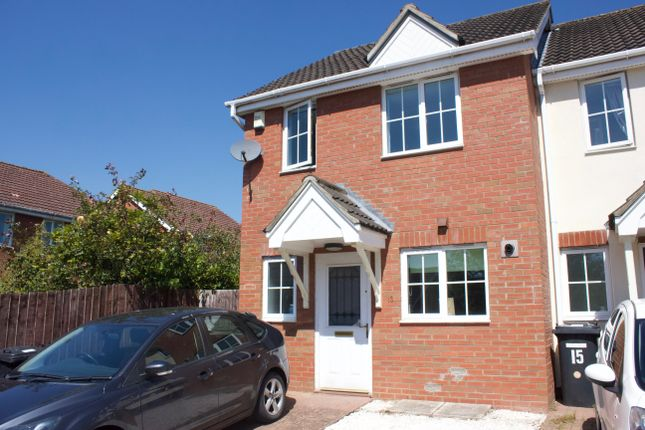 2 bed semi-detached house to rent in Bladewater Road, Norwich NR5