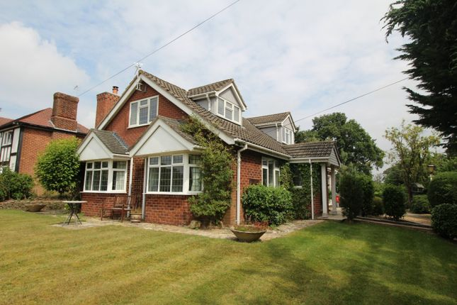 Thumbnail Bungalow to rent in Dark Lane, Gawsworth, Macclesfield, Cheshire