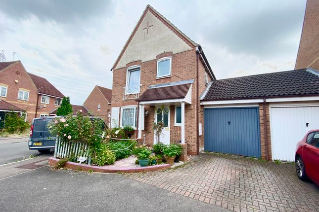 3 bed property to rent in Ottery Way, Didcot OX11