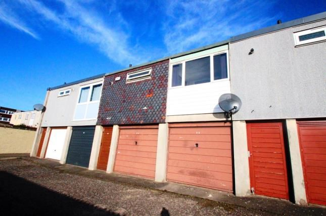 Thumbnail Flat for sale in Shiel Court, Glenrothes, Fife