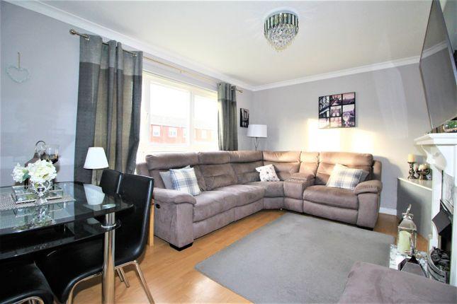 Living Room of Hallfield Close, Sunderland SR3