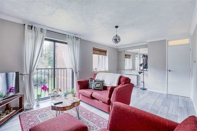 Thumbnail Flat for sale in Jasmine Grove, Penge, London