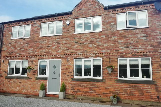 4 bed detached house for sale in Mill Lane, Camblesforth, Selby YO8