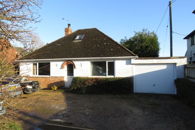 3 bed detached house for sale in Eastfield Lane, Ringwood