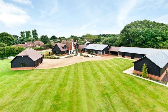Thumbnail Country house for sale in Black Lane, East Clandon