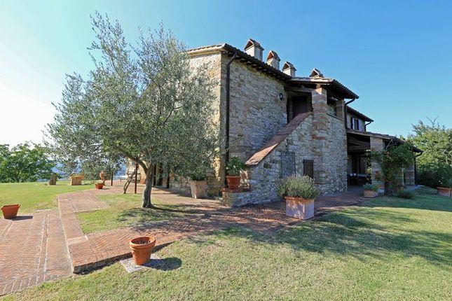 Main House Rear of Casaccia, Monte Santa Maria di Tiberina, Umbria