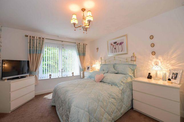 Bedroom of Heyeswood Ct, St Helens WA11