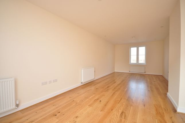 Thumbnail Town house to rent in Golf Court, Golf Road, Deal
