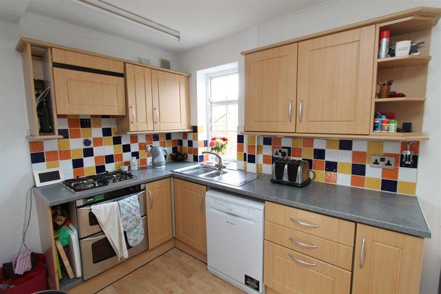 Kitchen of Chelwood Avenue, Hatfield AL10