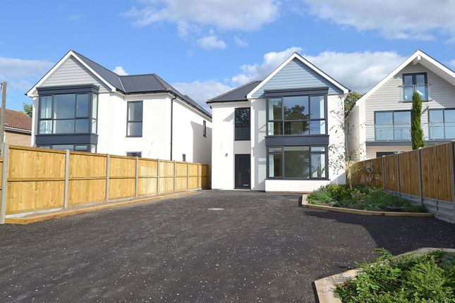Thumbnail Detached house for sale in Dargate Road, Yorkletts, Whitstable