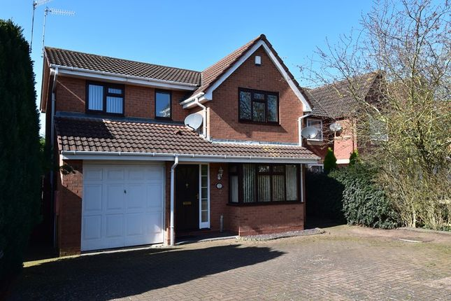 Thumbnail Detached house for sale in South Park Drive, Droitwich