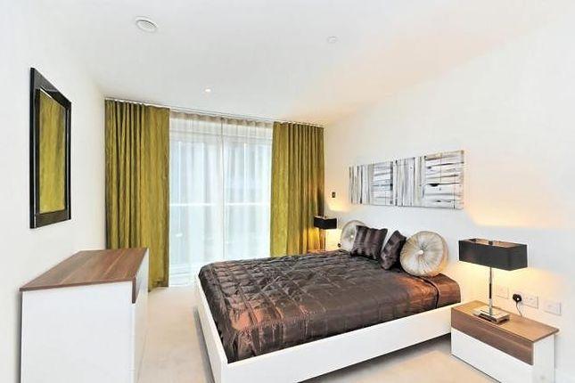 Bedroom of The Bezier Apartment, 91 City Road, London EC1Y