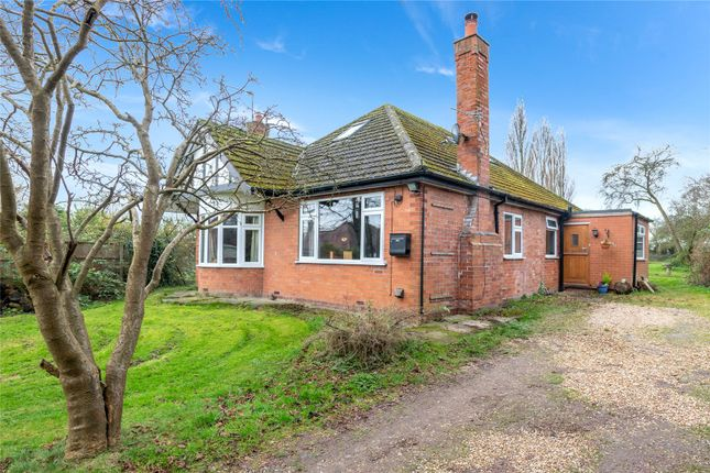 Thumbnail Bungalow for sale in Dunholme Road, Scothern, Lincoln, Lincolnshire