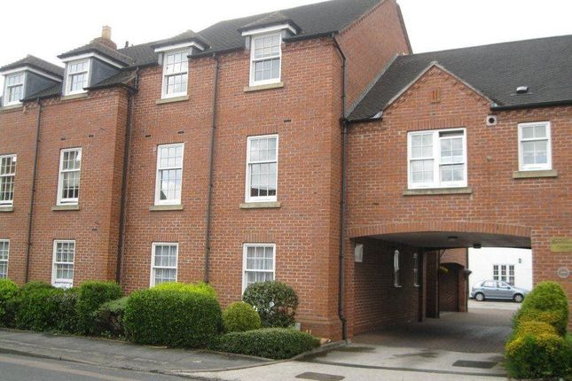 2 bed flat to rent in Brewhouse Court, Wheel Lane, Lichfield