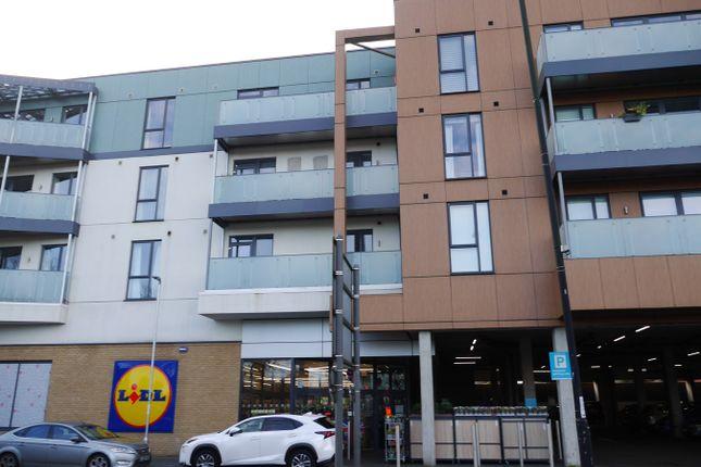 1 bed flat to rent in Glebe Way, West Wickham BR4