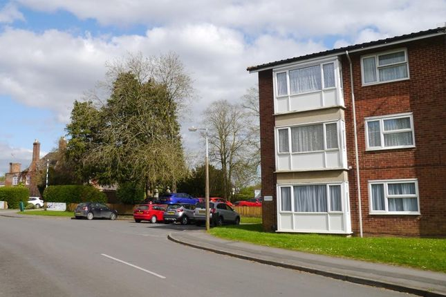 Thumbnail Flat to rent in Lime Kiln, Royal Wootton Bassett, Swindon