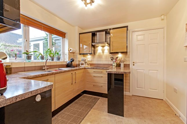 Kitchen of Seagrave Drive, Hasland, Chesterfield S41