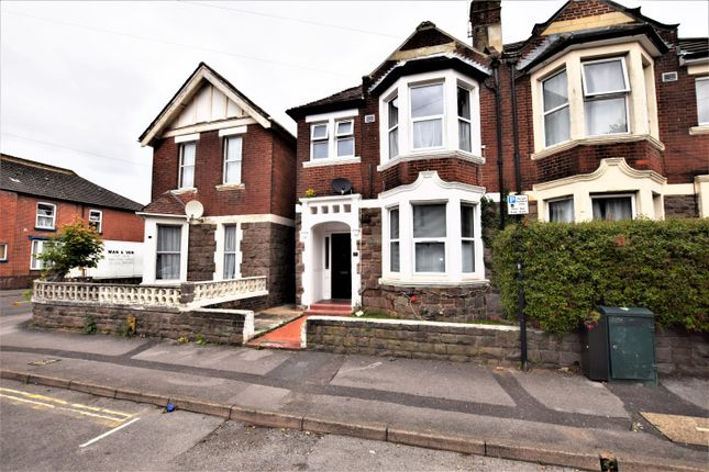 Thumbnail Semi-detached house to rent in Kenilworth Road, Southampton