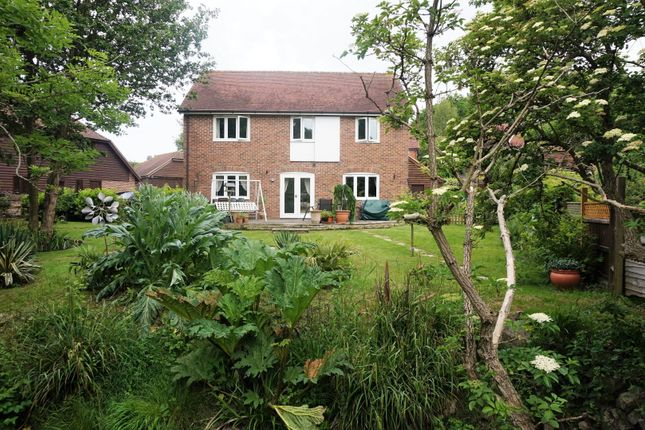 Thumbnail Detached house for sale in 1 Grove Bridge, Ashford