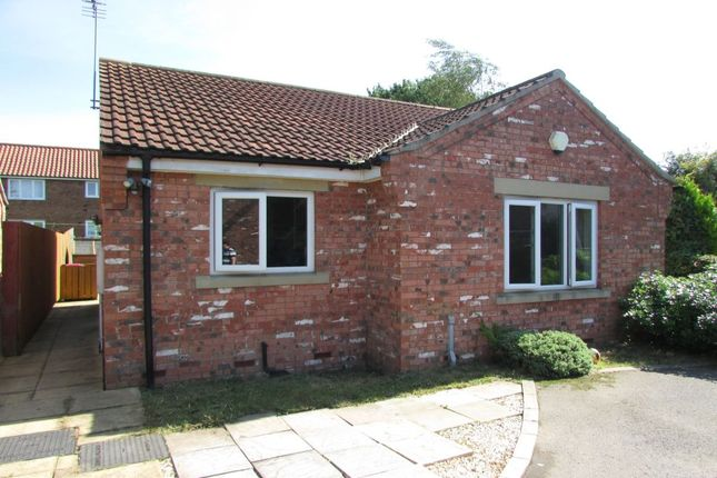 Thumbnail Bungalow to rent in Holme Stead Court, Crowle, Scunthorpe