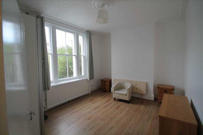 Thumbnail Flat to rent in Windmill Road, Croydon
