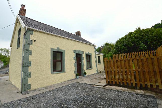 Thumbnail Cottage for sale in Heol Y Parc, Pontyberem, Llanelli