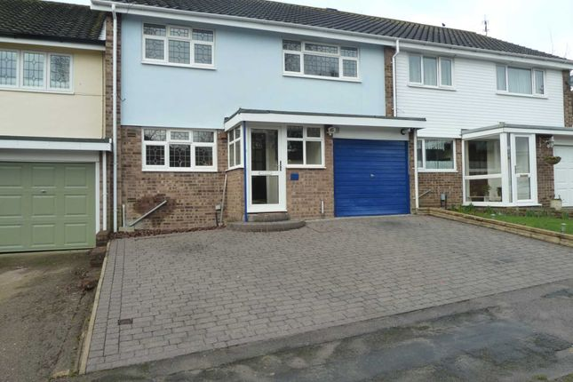 Thumbnail Terraced house to rent in Hangar Ruding, Watford