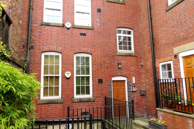 Thumbnail Flat to rent in Market Place, Batley