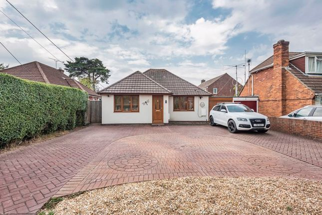 Thumbnail Bungalow for sale in Firgrove Road, North Baddesley, Hampshire