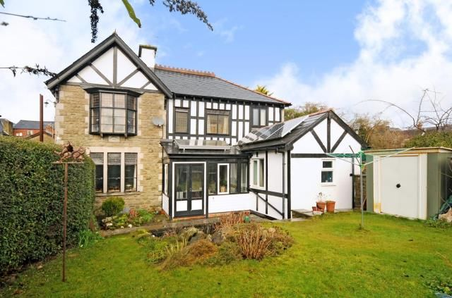 Thumbnail Detached house for sale in Mill Street, Kington