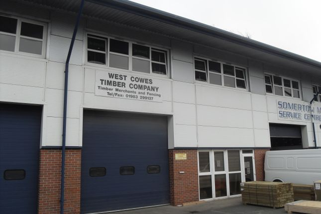 Thumbnail Warehouse to let in Enterprise Way, Cowes
