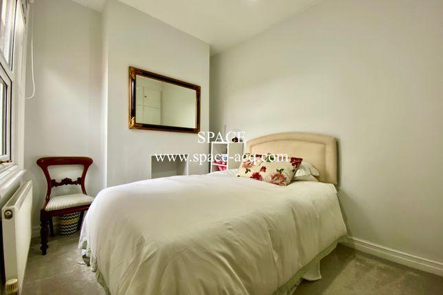 Bedroom 3 of Long Lane, Finchley, London N3