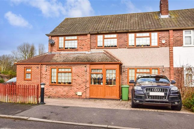 Thumbnail End terrace house for sale in Queenswood Avenue, Hutton, Brentwood, Essex