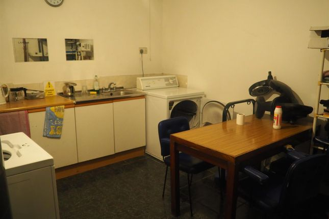 Photo 3 of Hair Salons WF9, Hemsworth, West Yorkshire