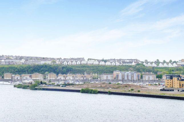 Thumbnail Flat for sale in Ferry Court, Cardiff