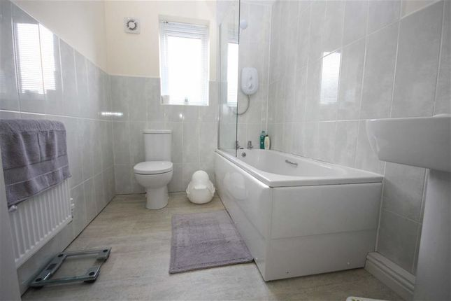Family Bathroom of Bamburgh Drive, Chorley PR7