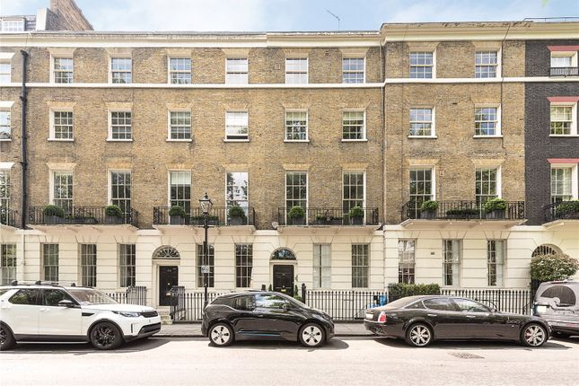 Thumbnail Flat for sale in Connaught Square, Hyde Park, London
