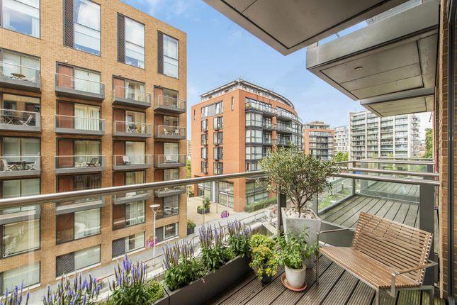 Thumbnail Flat to rent in Cubitt Building. Grosvenor Waterside, 10 Gatliff Road, Chelsea, London