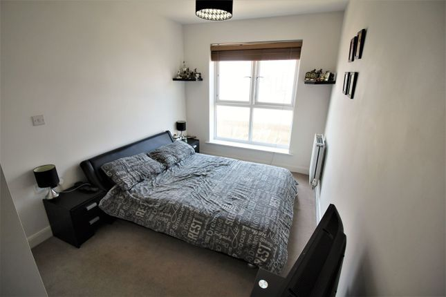 Bedroom Two of Englefield House, Moulsford Mews, Reading RG30