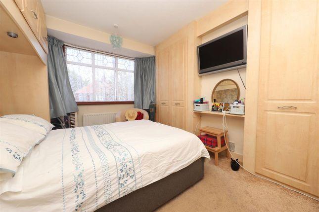 Bedroom of Hayes End Drive, Hayes UB4