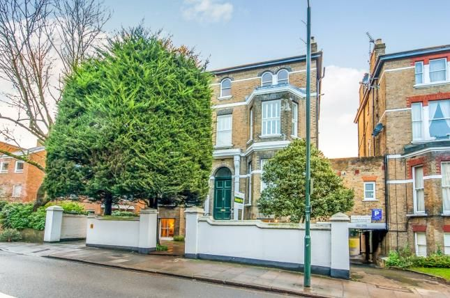Thumbnail Flat for sale in Richmond, Surrey