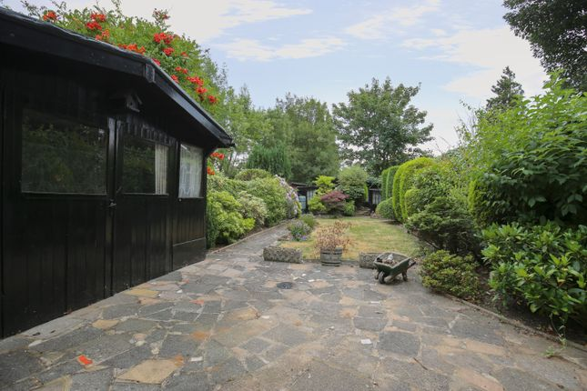 Thumbnail Terraced house for sale in Oxford Gardens, Winchmore Hill