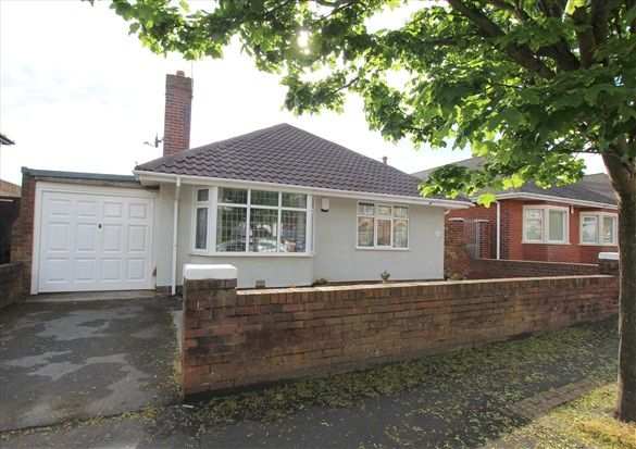 Thumbnail Bungalow for sale in Chatsworth Road, Lytham St. Annes