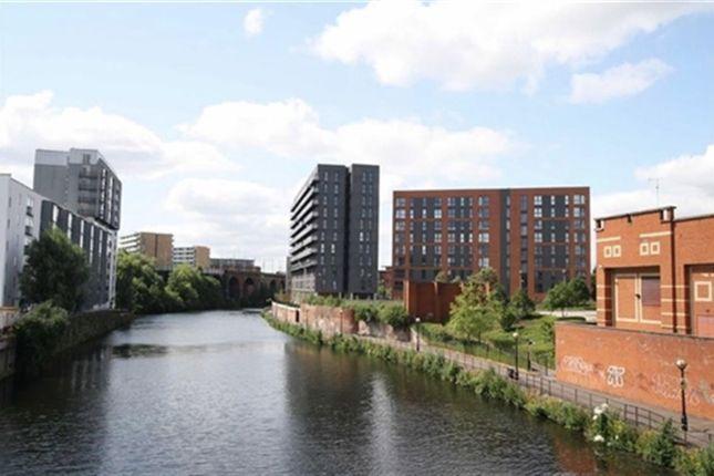 Thumbnail Flat to rent in The Riverside, Derwent Street, Salford