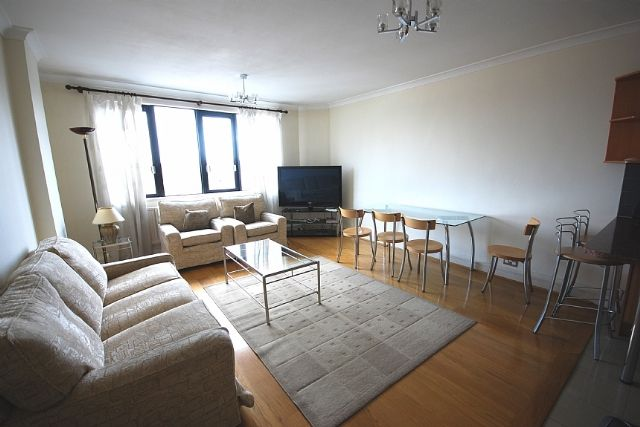 1 bed flat to rent in Cavendish House, 21 Wellington Road, St John's Wood, London