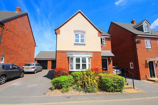 3 bed detached house for sale in Beaman Road, Leicester LE4